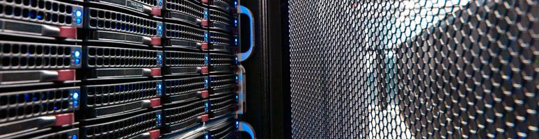 Bescherm en beveilig uw bedrijfsgegevens door ze op te slaan in het Adfocom datacenter